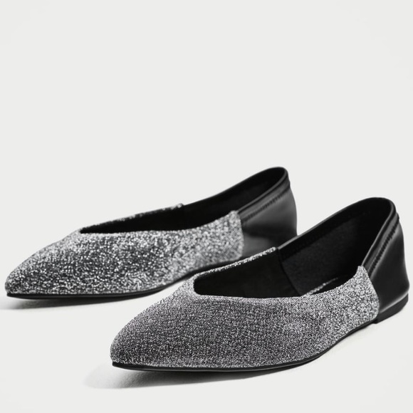 81c2c45e9b38 NWT Zara Silver Pointed Toe Ballerina Flats